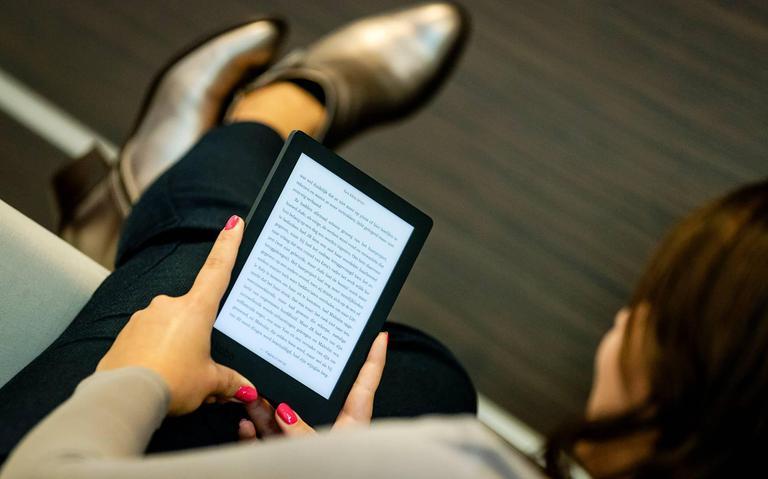 Corona zorgt voor fors meer uitleningen van e-books bij Bibliotheek Emmen