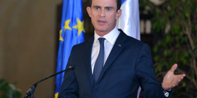 Franse regering zegt boze jongeren geld toe