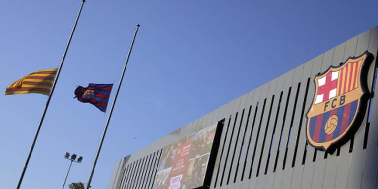 Kaarsjes en dankbetuigingen bij Camp Nou
