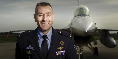 Een extra druk jaar? ,,Dat kan ik niet zeggen'', aldus commandant Denny Traas. FOTO VLIEGBASIS LEEUWARDEN