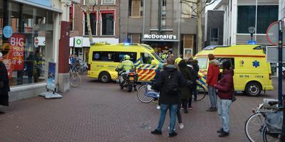 Hulpdiensten rukten woensdagmiddag massaal uit voor een valse melding. FOTO VAN OOST MEDIA