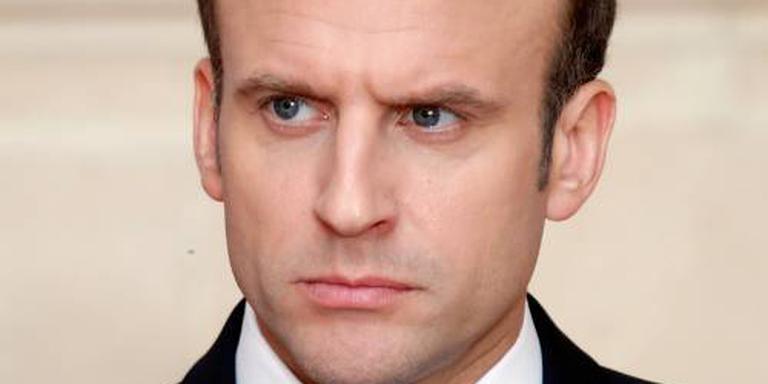 Parijs wil Assad onderscheiding afnemen
