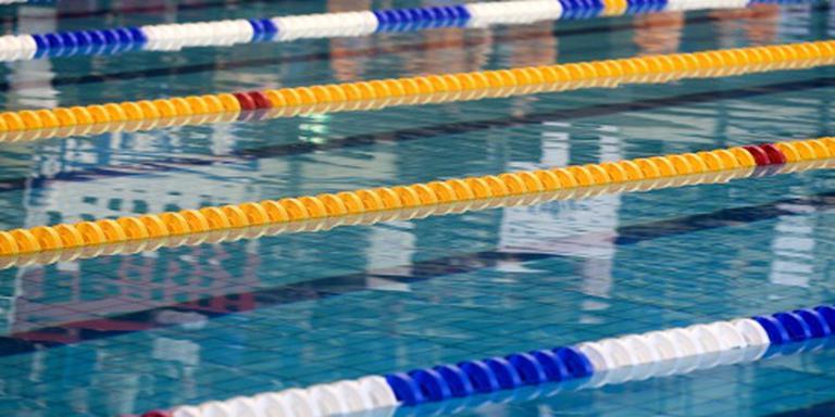 Zwemtrainer verdacht van stiekem fotograferen