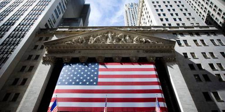 Handelsspanning drukt Wall Street omlaag