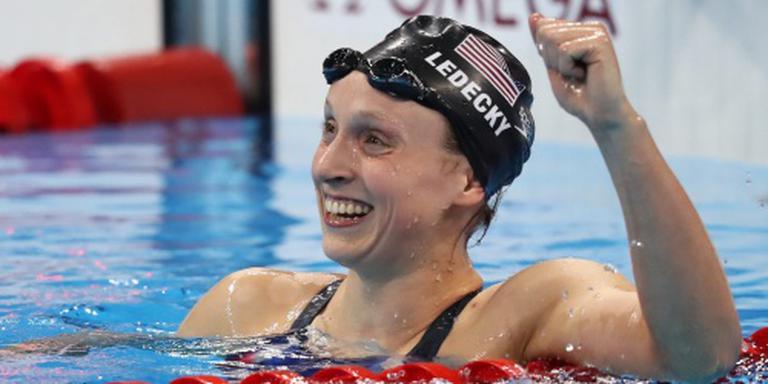 Ledecky wint 800 vrij in wereldrecord