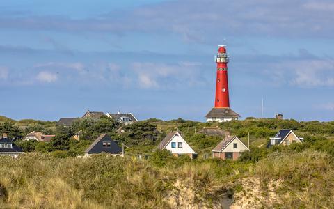 Dijk en duinen Schiermonnikoog onveilig
