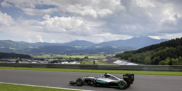 Rosberg incasseert straf na crash