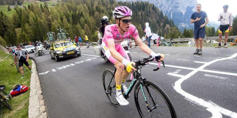 Kruijswijk deelt weer een klap uit in Giro