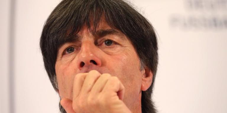 Duitsland met slechts drie verdedigers