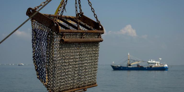 Bemanning gered van Nederlands vissersschip