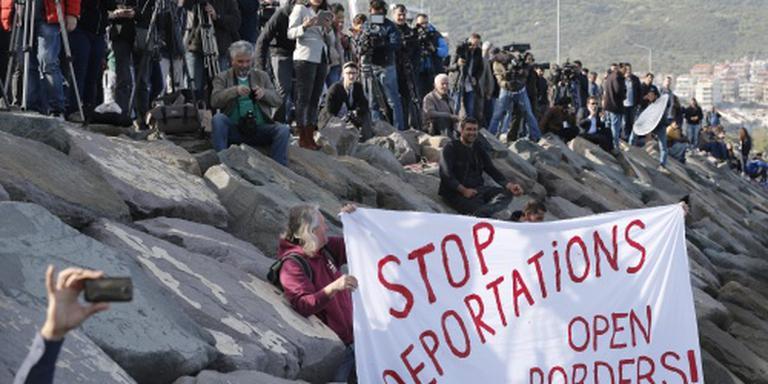 Terugsturen migranten vrijdag verder