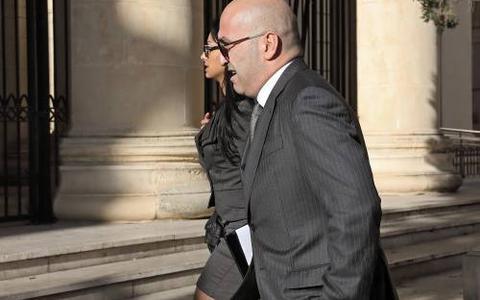 Zakenman Malta aangeklaagd om moord journalist