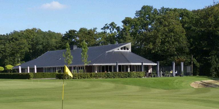 Golfclub schrapt hoog entreegeld