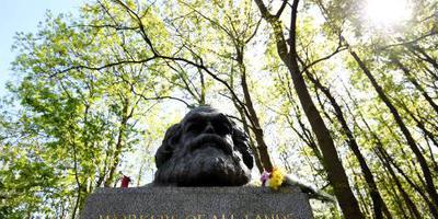 Grafmonument Karl Marx opnieuw beschadigd