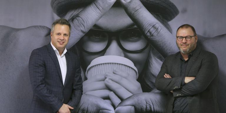 Wulfert Zevenboom en Marco ten Damme van Prisma Direct. FOTO NIELS WESTRA