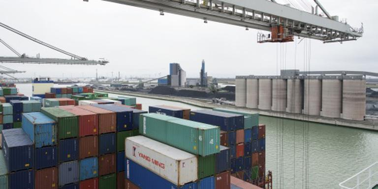 Goederenoverslag in Rotterdamse haven stabiel