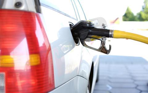 Total wil een tankstation in Joure openen maar dat ziet concurrent Slump Oil niet zitten