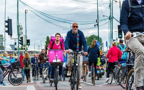 Oorlog op het fietspad: 'grimmige sfeer' als gejaagde samenleving losbarst