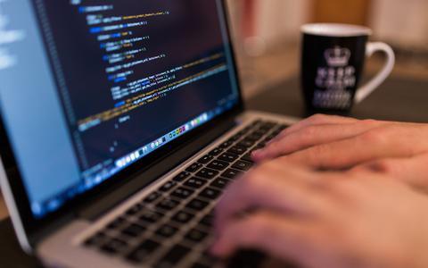 Start-ups bedenken in landelijke hackathon oplossingen voor coronacrisis