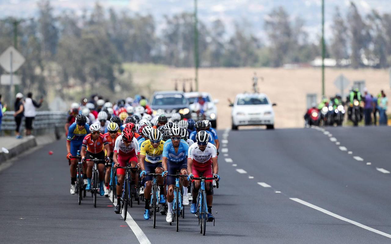 """Een voorkeur voor een ronde zegt De Rouwe niet te hebben. ,,De Tour de France spreekt tot de verbeelding. Daar hebben we ook contacten mee. Maar de Vuelta en de Giro d'Italia zijn niet te versmaden. Alle drie rondes bieden een pico bello podium voor de provincie."""""""