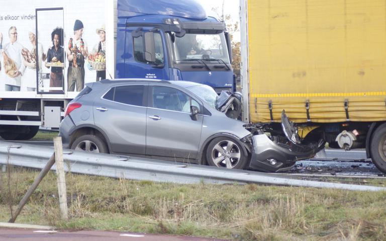 Rechterrijstrook Sintrale As bij Nijega dicht door ongeval.