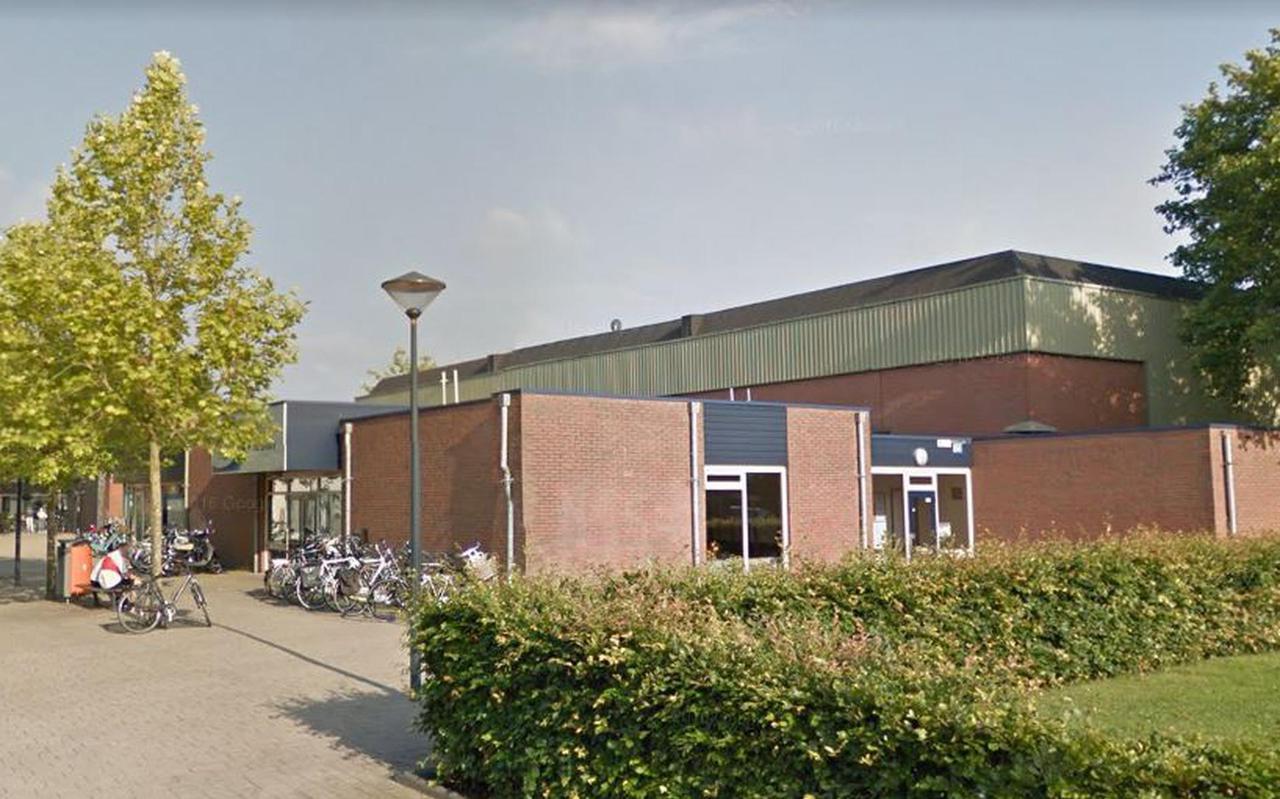 De bestaande sporthal De Drait, die wordt vervangen door nieuwbouw.