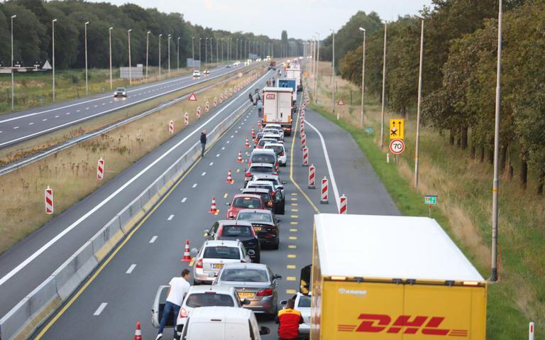 A7 afgesloten vanwege ongeval met vrachtwagen bij Beetsterzwaag.