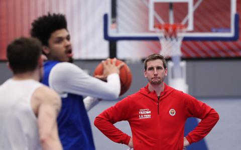 Aris-coach Vincent van Sliedregt