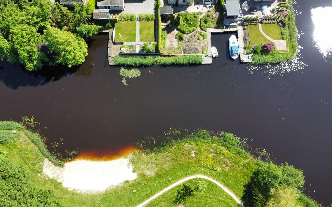 Voor het water ter hoogte van de Wijtze Brandsmaloane in Opeinde en de nieuwe waterplas in de Peinder Mieden zijn zwemverboden ingesteld.