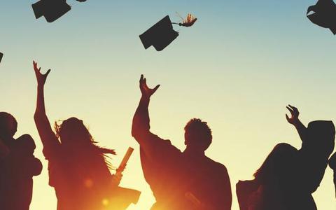 Sollicitanten met valse diploma's? DUO in Groningen pikt ze er zo uit