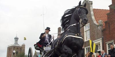 Willem Wester en Ulke tijdens het stratenconcours in 2007 in Workum. Het was de laatste wedstrijd van de Friese hengst.
