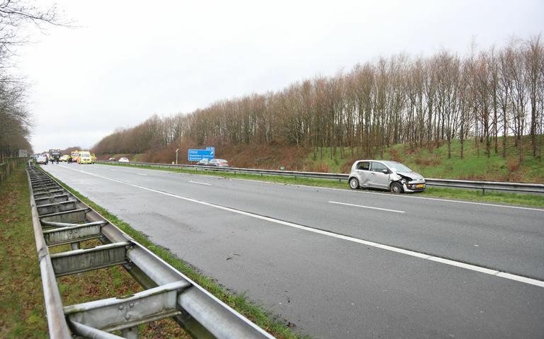 A7 bij Drachten in richting Groningen afgesloten na ongeval.