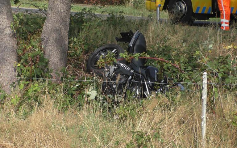 Motorrijder raakt gewond bij eenzijdig ongeval in Oosterwolde.