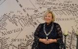 Caroline van de Pol beëdigd als burgemeester Terschelling: 'Iedere burgemeester zegt dat zijn gemeente de mooiste van het land is, maar hier is dat natuurlijk echt zo'