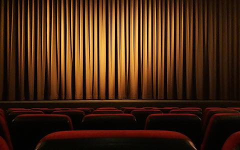 Programmeren in een theaterzaal met 30 man, hoe moet dat dan?