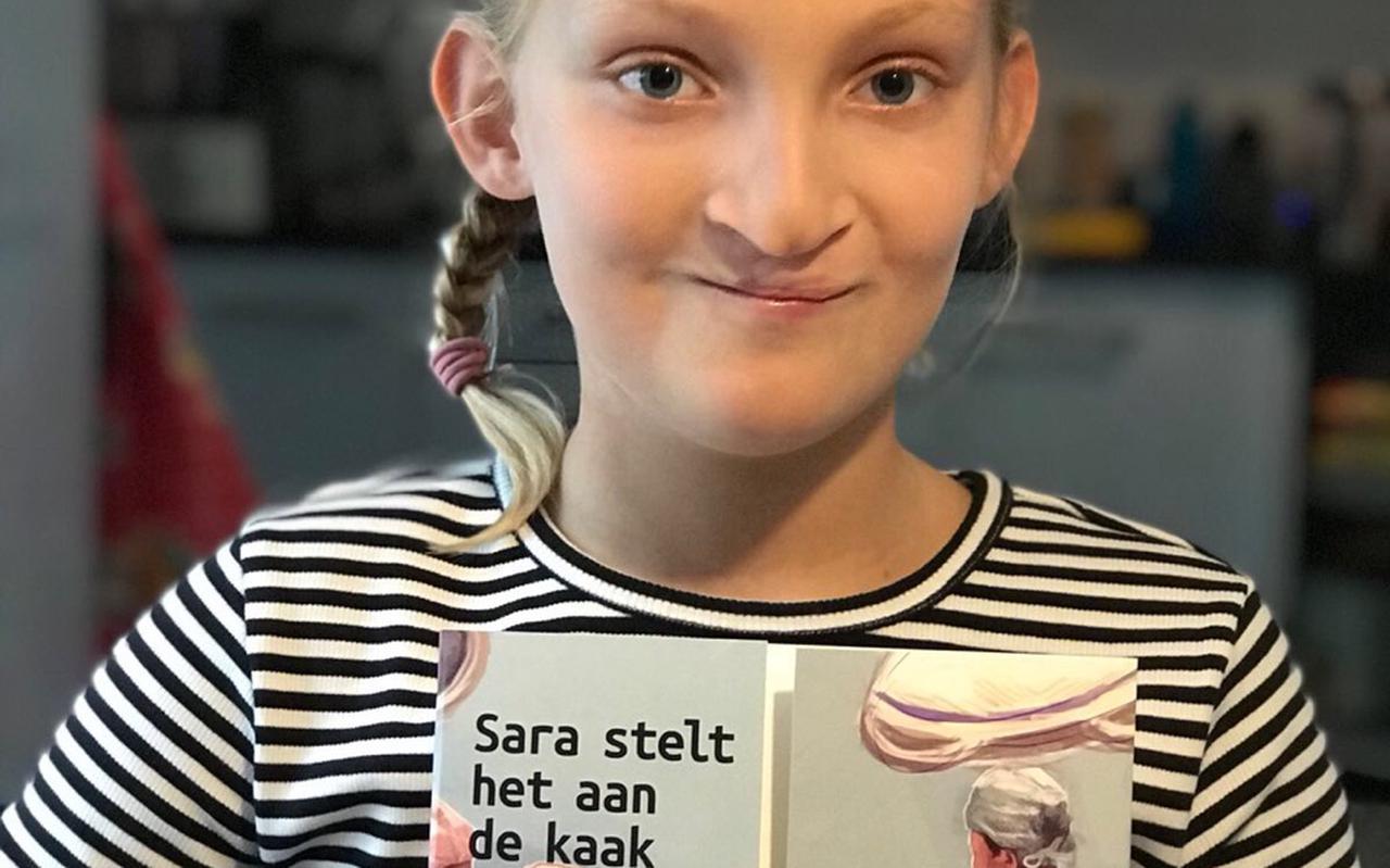 Samen met patiënte Sara Nijman uit Mûnein maakte het schisisteam in 2017 een boekje om kinderen voor te bereiden op de operatie waarbij de kaak gesloten wordt