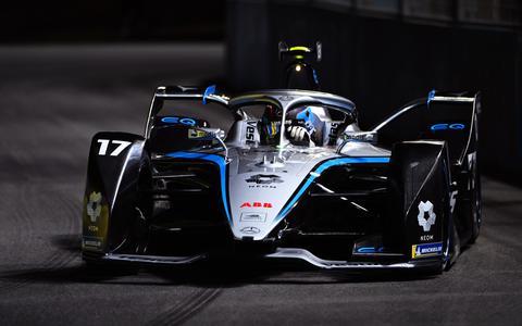 Allereerste Formule E-zege voor sublieme Nyck de Vries