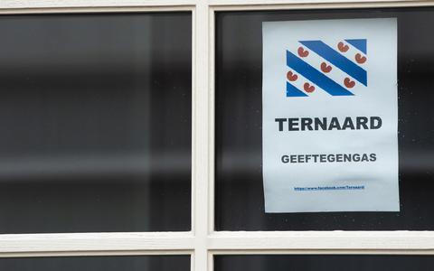 Protest tegen gaswinning in Ternaard. FOTO: MARCEL VAN KAMMEN