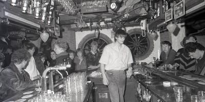 De bar van Jennifeu, midden jaren tachtig. FOTO ARCHIEF LC