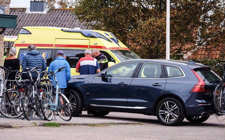 Voetganger aangereden op parkeerplaats Terschelling.
