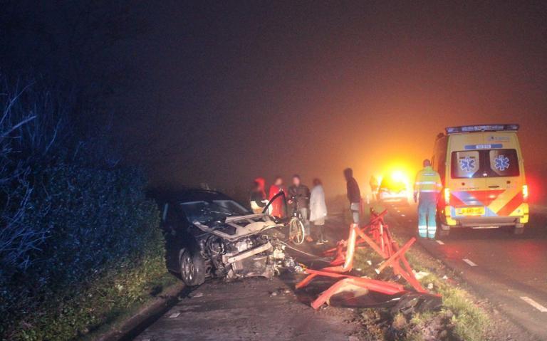 Mistdeken over Friesland: ongelukken en gewonden in het verkeer.
