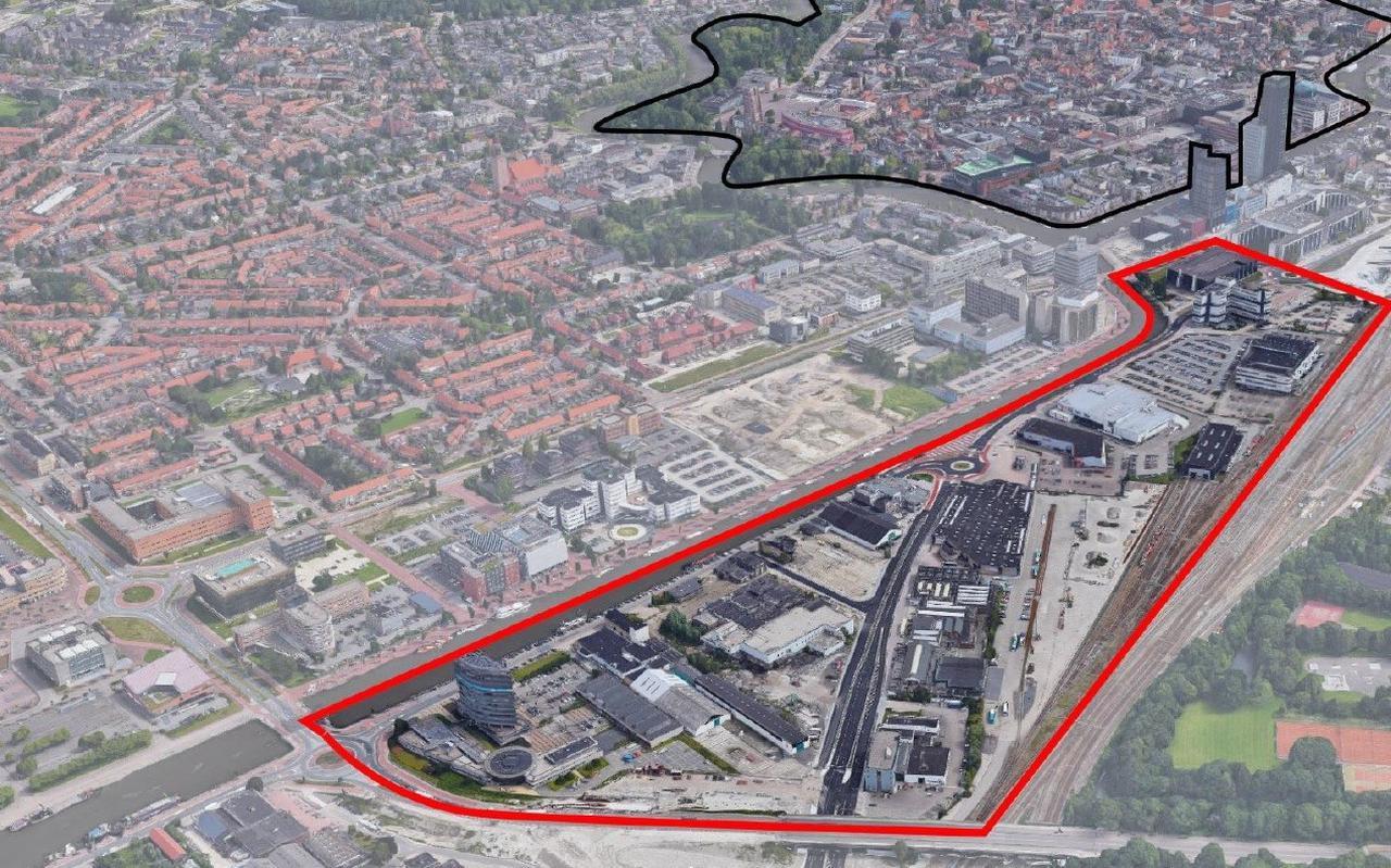 Op dit moment loopt onderzoek naar de bouwogelijkheden in het Leeuwarder spoordokgebied, dat ligt ingeklemd tussen de Harlingervaart en het spoor Leeuwarden-Grou.
