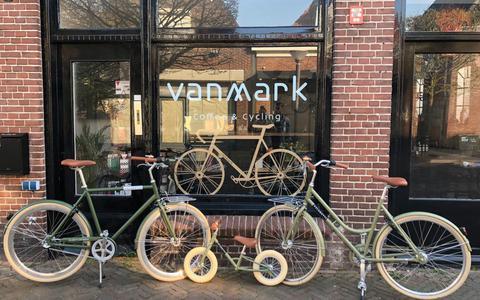 Wielercafé VanMark in Joure na acht maanden weer open