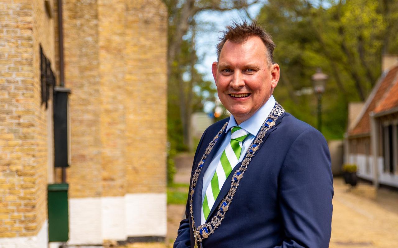 Installatie burgemeester van Vlieland Michiel Schrier.