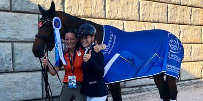 Driemaal goud voor amazone Rixt van der Horst op de wereldruiterspelen met haar merrie Findsley. FOTO ANNE VAN DER HORST