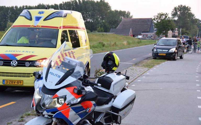 Vrouw gewond bij ongeval met trekker Engwierum.