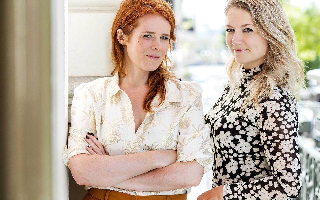 Yentl Schieman en Christine de Boer van cabaretduo Yentl en De Boer.