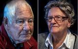 """,,Oude bomen moet je niet verplanten."""" Op de foto bewoners Henk Haanstra (81) en Tettje Roorda (93). FOTO'S NIELS DE VRIES"""