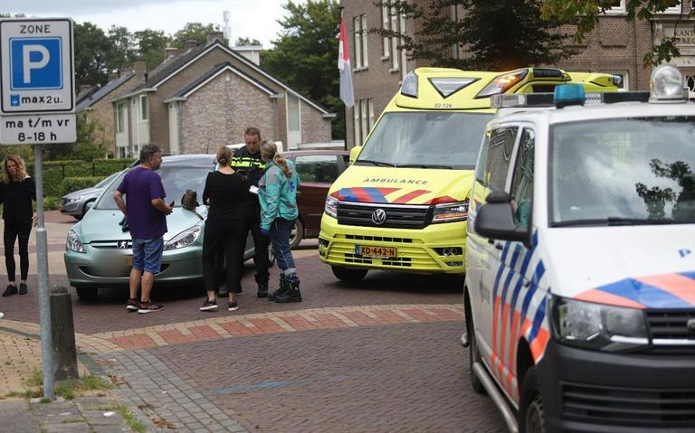 Fietsster aangereden in Beetsterzwaag, automobilist slaat op de vlucht.
