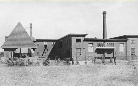 Oude zuivelfabriek in Hollum verkocht